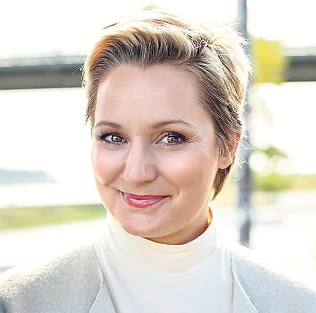 Portrait: Janine Steeger